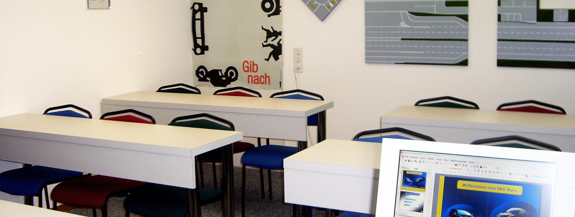 http://fahrschule-aebischer.ch/wp-content/uploads/fahrschule_aarau_14-1920x724.jpg